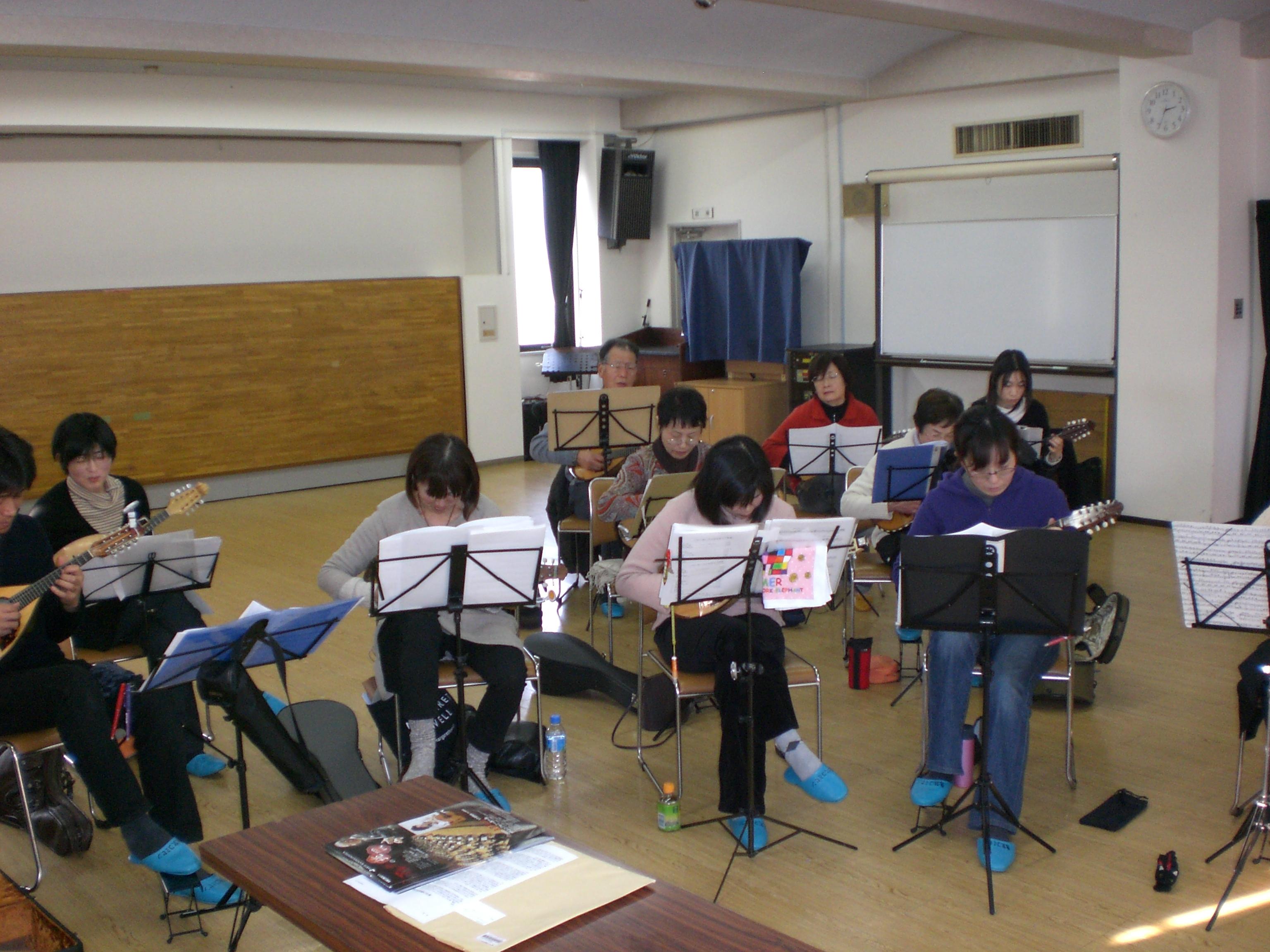 http://niizamandolinclub.jp/blog/CIMG1617.JPG