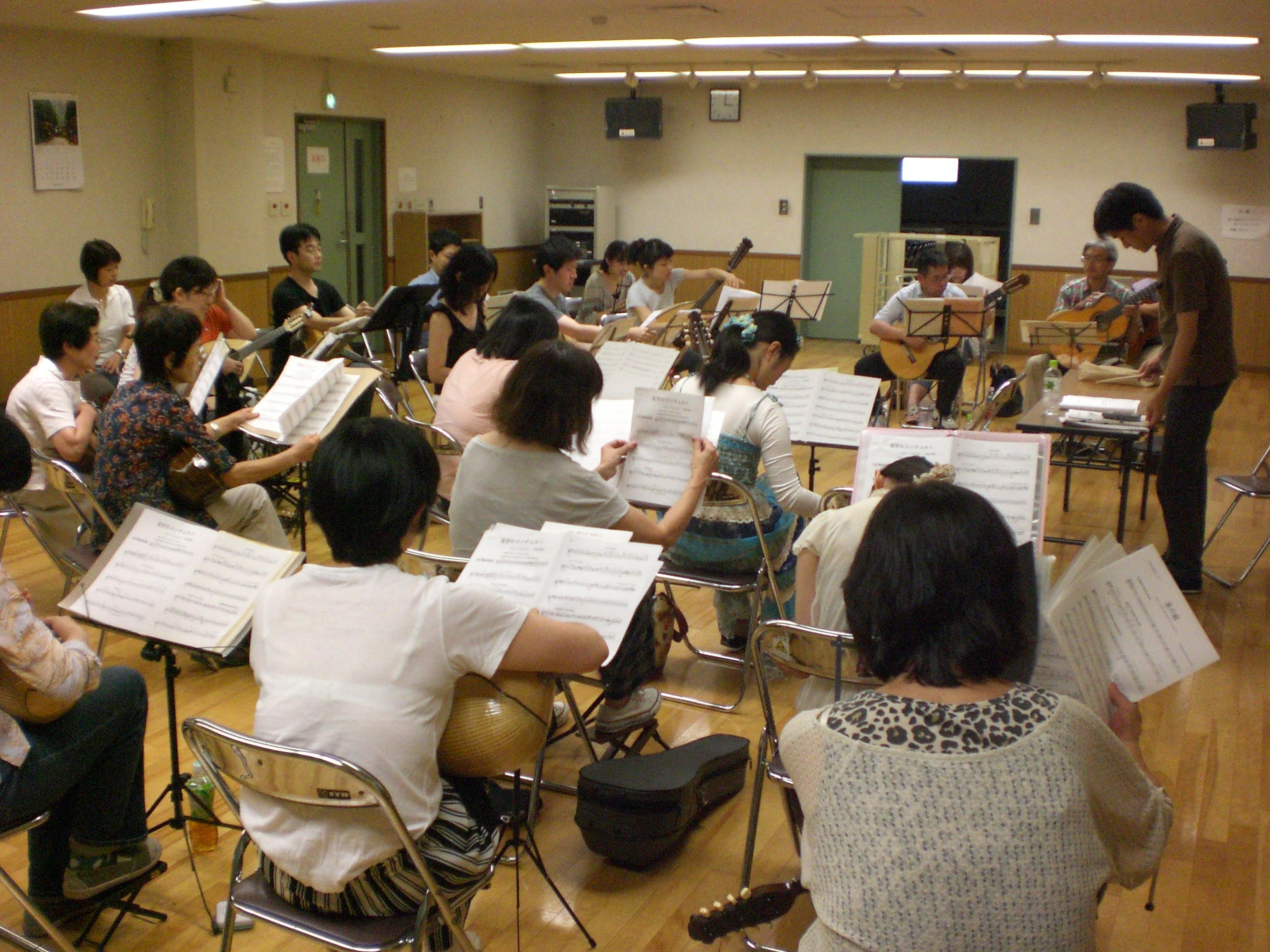 http://niizamandolinclub.jp/blog/CIMG1954.JPG
